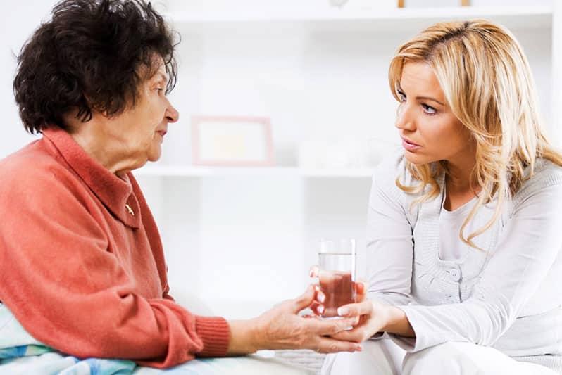 رفتار مناسب با سالمند
