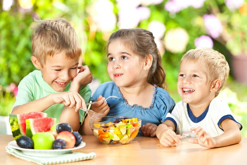 اهمیت مصرف ویتامین ها و املاح برای کودکان