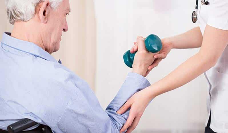 ضعف عضلات در سالمندان