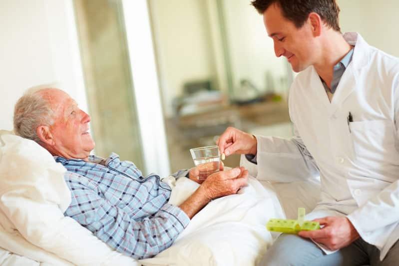 مصرف دارو در سالمندان
