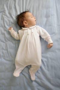 خواب نوزاد - سپید گستر